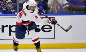 Шайба Овечкина попала втоп-10запервую половину сезона НХЛ
