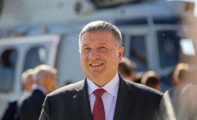 Аваков объяснил сложность отношений с Порошенко