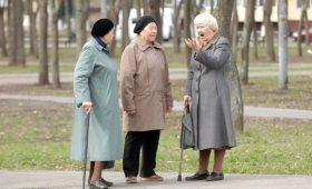 В Кабмине объяснили, почему сейчас повышают пенсии