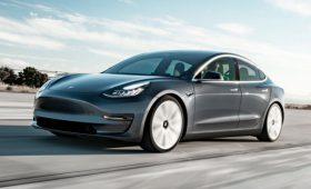 Tesla не смогла отказаться от шоу-румов и повысила цены