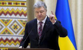 Порошенко назвал второго врага Украины