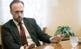 У Порошенко опровергли увольнение замглавы АП