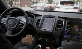 Только без рук: беспилотные автомобили будут испытывать ещё в нескольких регионах РФ