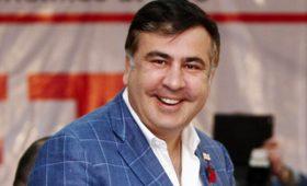 С гимном и караваем. Саакашвили вернулся в Украину