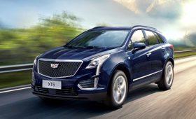 Обновлённый Cadillac XT5: меньше мощности, чище в салоне