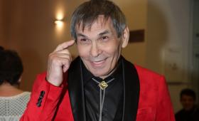 Бари Алибасов между жизнью и смертью: семья музыканта нашла «виновного» в отравлении