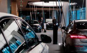 Счетная палата предложила изменить порядок расчета налога на дорогие авто