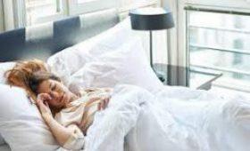Медики раскрыли, как сон влияет на иммунитет при болезни