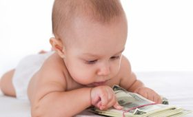 Новые пособия при рождении ребенка в Украине