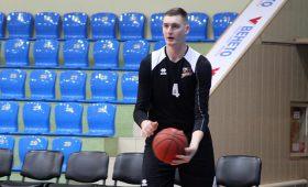 О баскетболе: Дмитрий Скапинцев вернулся в Украину покинув США