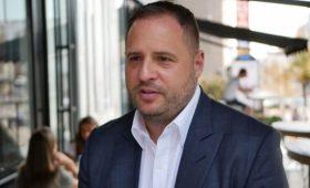 Ложь: Ермак отреагировал на расследование СМИ о визите Зеленского в Оман