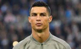 Роналду занялся пересадкой волос