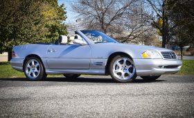 Mercedes-Benz R129 с пробегом 226 км ушел с аукциона за 87 500 долларов