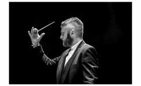 Каким будет праздничный концерт в Андреевской церкви — рассказывает Кирилл Карабиц