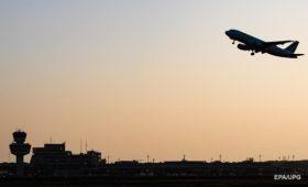 Украина закроет авиасообщение с Беларусью