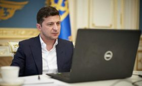 Зеленский подписал закон о «налоге на Google»