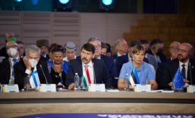Глава Эстонии оценила путь Украины в ЕС в 20 лет