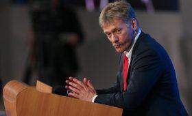 Песков подтвердил переговоры о встрече Путина и Зеленского